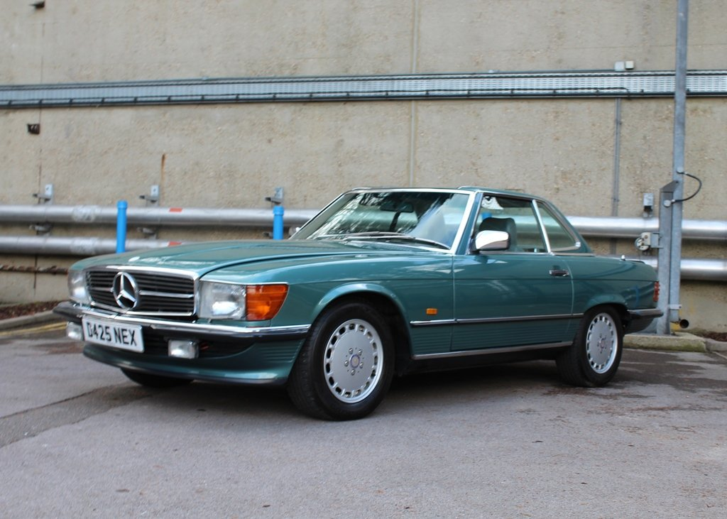 1987 Mercedes-Benz 300 SL Roadster SOLD by Auction (picture 2 of 6)