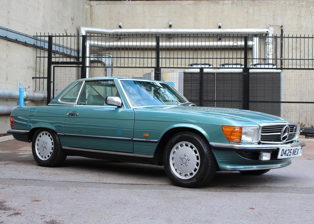 1987 Mercedes-Benz 300 SL Roadster SOLD by Auction (picture 3 of 6)