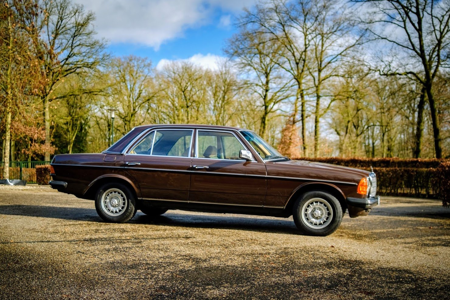 1981 Mercedes Benz 240 D. Mercedes 240D, 240 Mercedes Benz For Sale (picture 1 of 6)