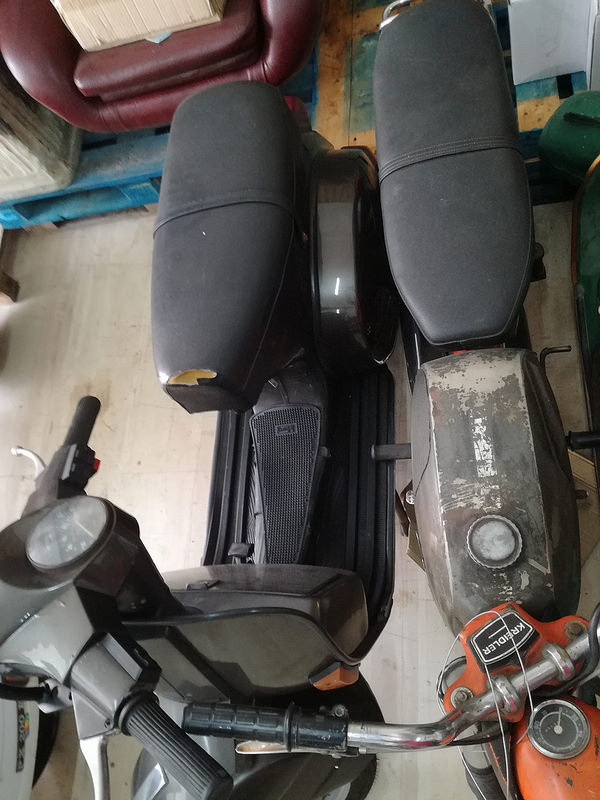 1988 Vespa collection and bajaj  For Sale (picture 2 of 6)