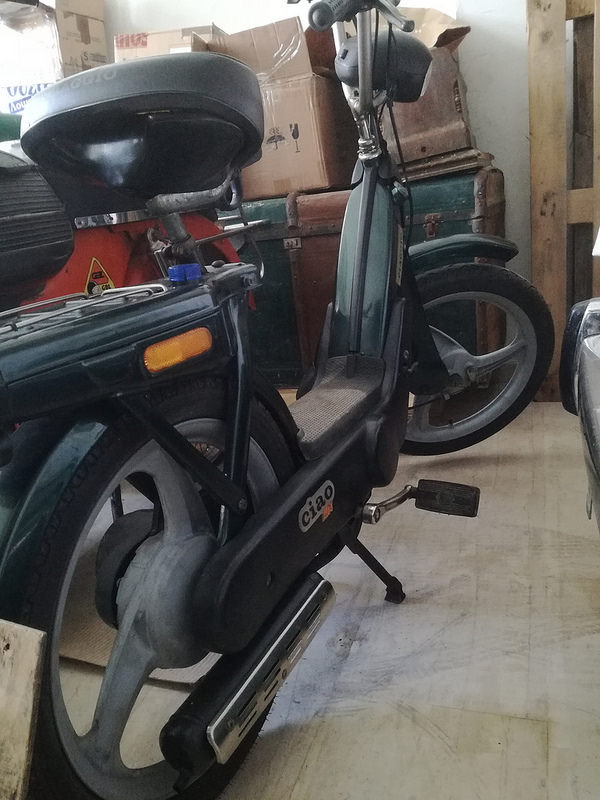 1988 Vespa collection and bajaj  For Sale (picture 6 of 6)