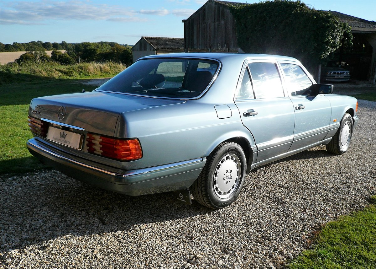1987 Mercedes-Benz 300SE as featured in Mercedes Enthusiast  SOLD (picture 3 of 6)