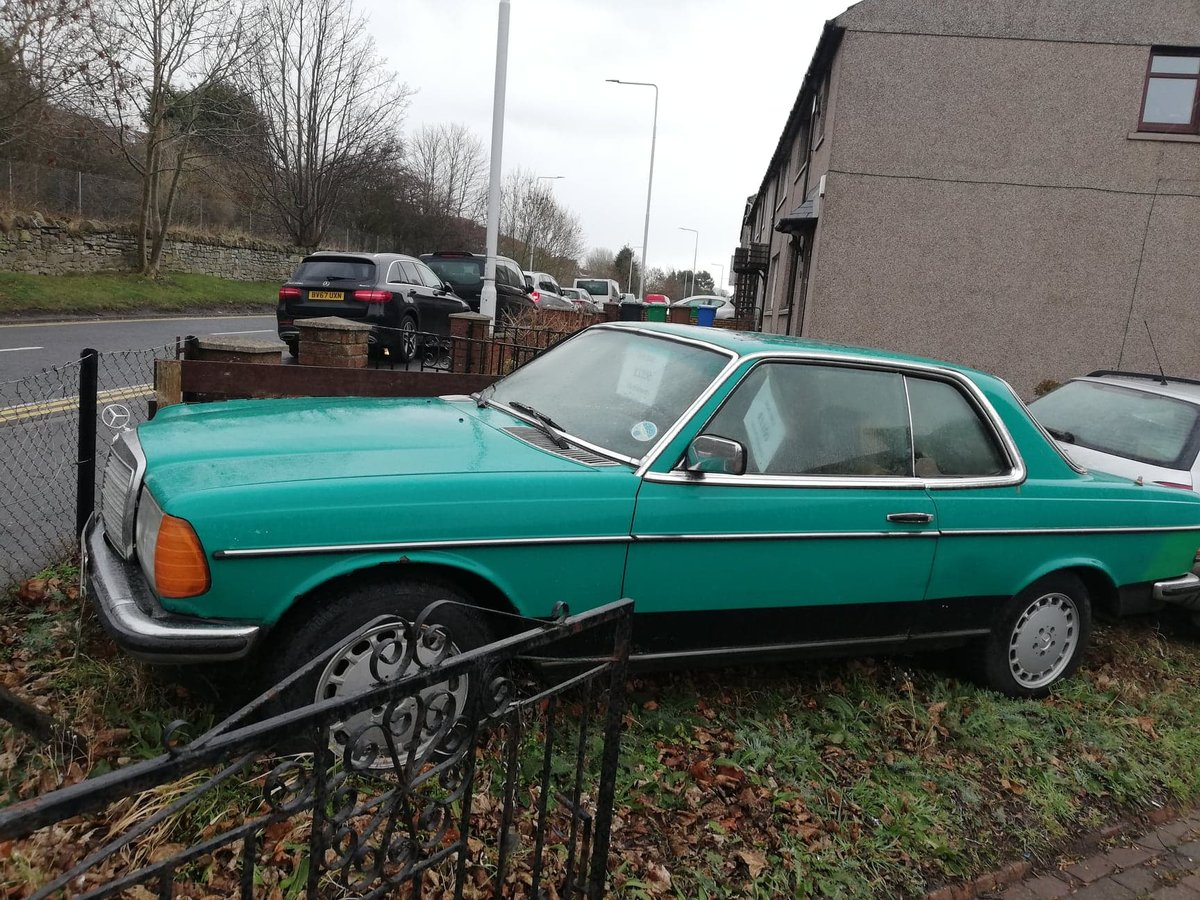 Rare 1981 Mercedes 230 CE Classic W123 COUPE  For Sale (picture 3 of 6)