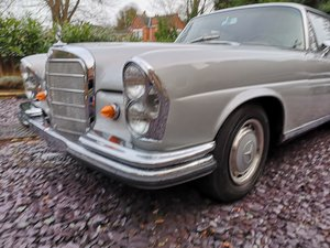 1965 Mercedes Benz W111 220se For Sale