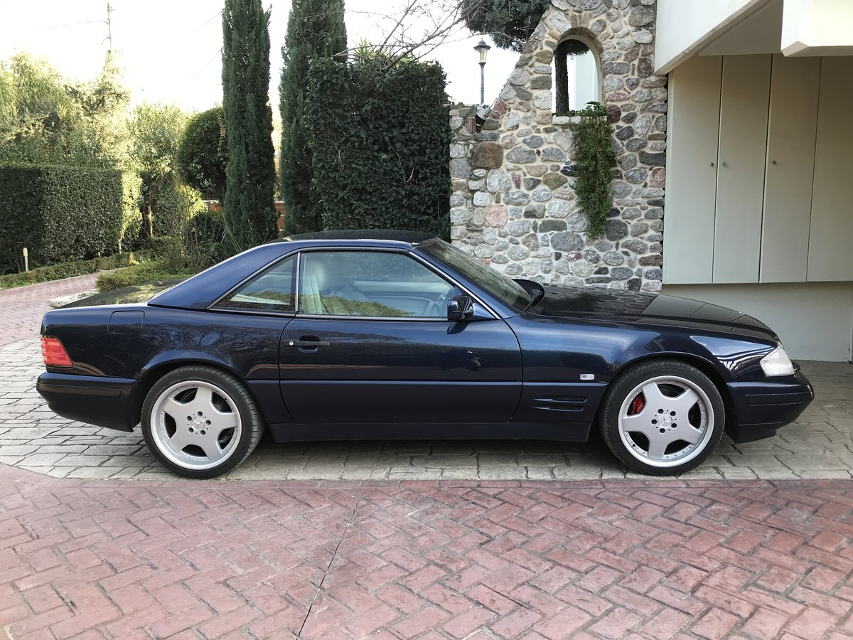Mercedes sl 320 amg facelift 1996 For Sale (picture 1 of 6)