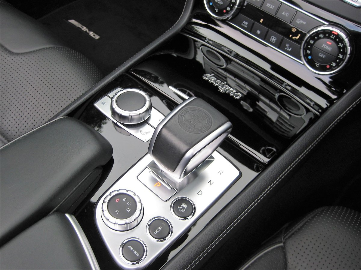 2012 Mercedes Benz SL63 AMG With Over £12k Of Optional Extras For Sale (picture 5 of 6)