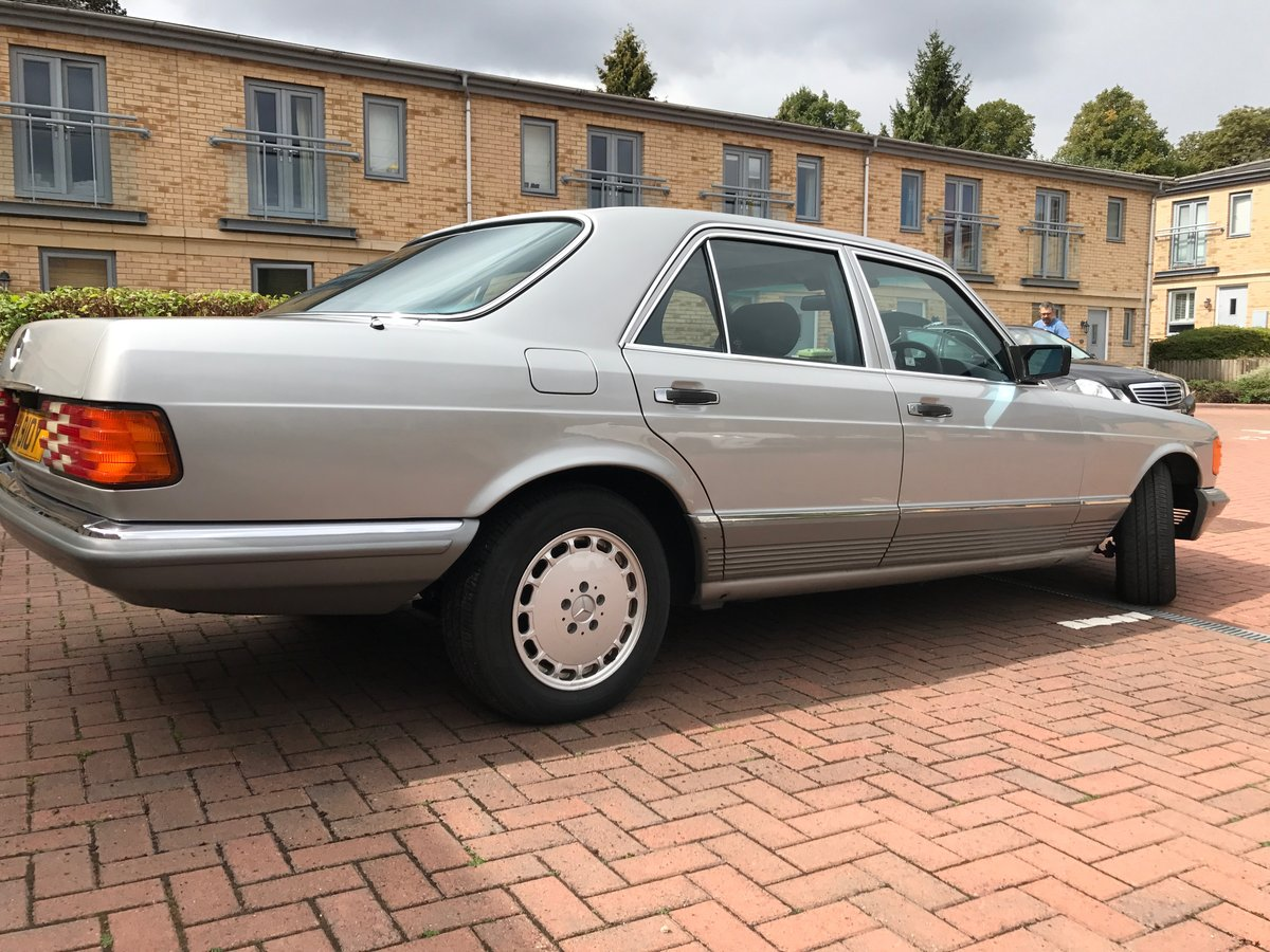1982 Mercedes w126 For Sale (picture 2 of 6)