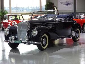 1952 Das damalige Cabriolet für prominente Persönlichkeiten For Sale