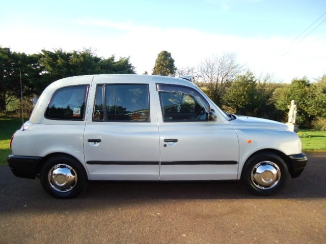 London Taxi TX2  2002 For Sale (picture 2 of 6)