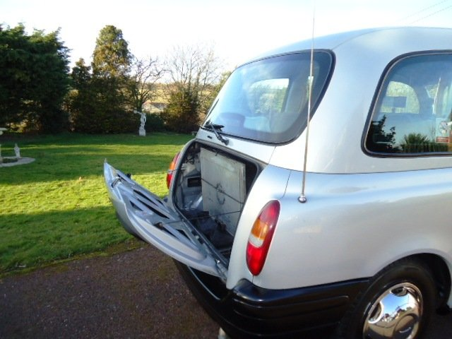 London Taxi TX2  2002 For Sale (picture 3 of 6)