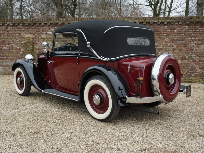 1933 Mercedes Benz W21 200 'Kurz' Convertible only 400 km since c For Sale (picture 2 of 6)