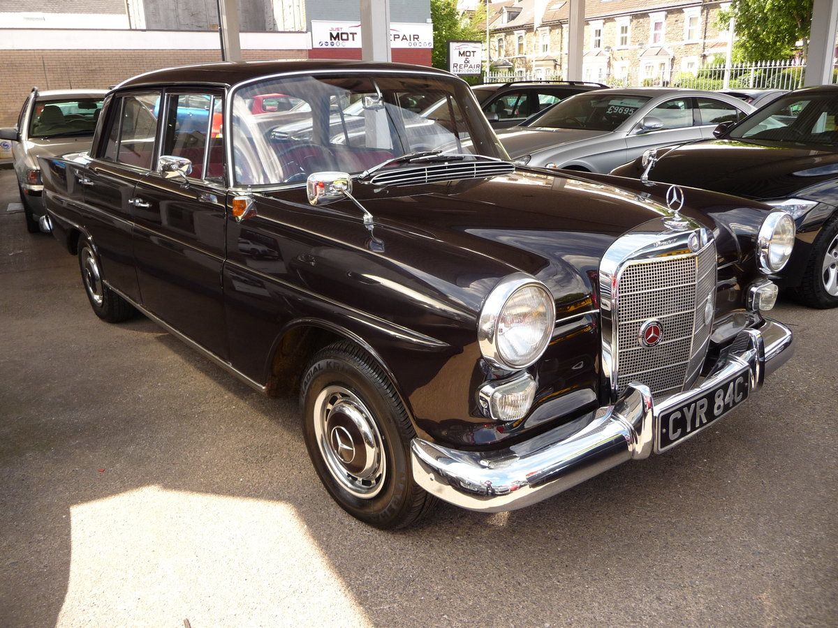 1965 MERCEDES 190 FINTAIL GENUINE 34,000 MILES  For Sale (picture 1 of 6)
