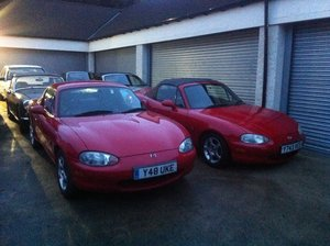 2001 Mazda Mx5  1600cc in red with matching hard top  For Sale