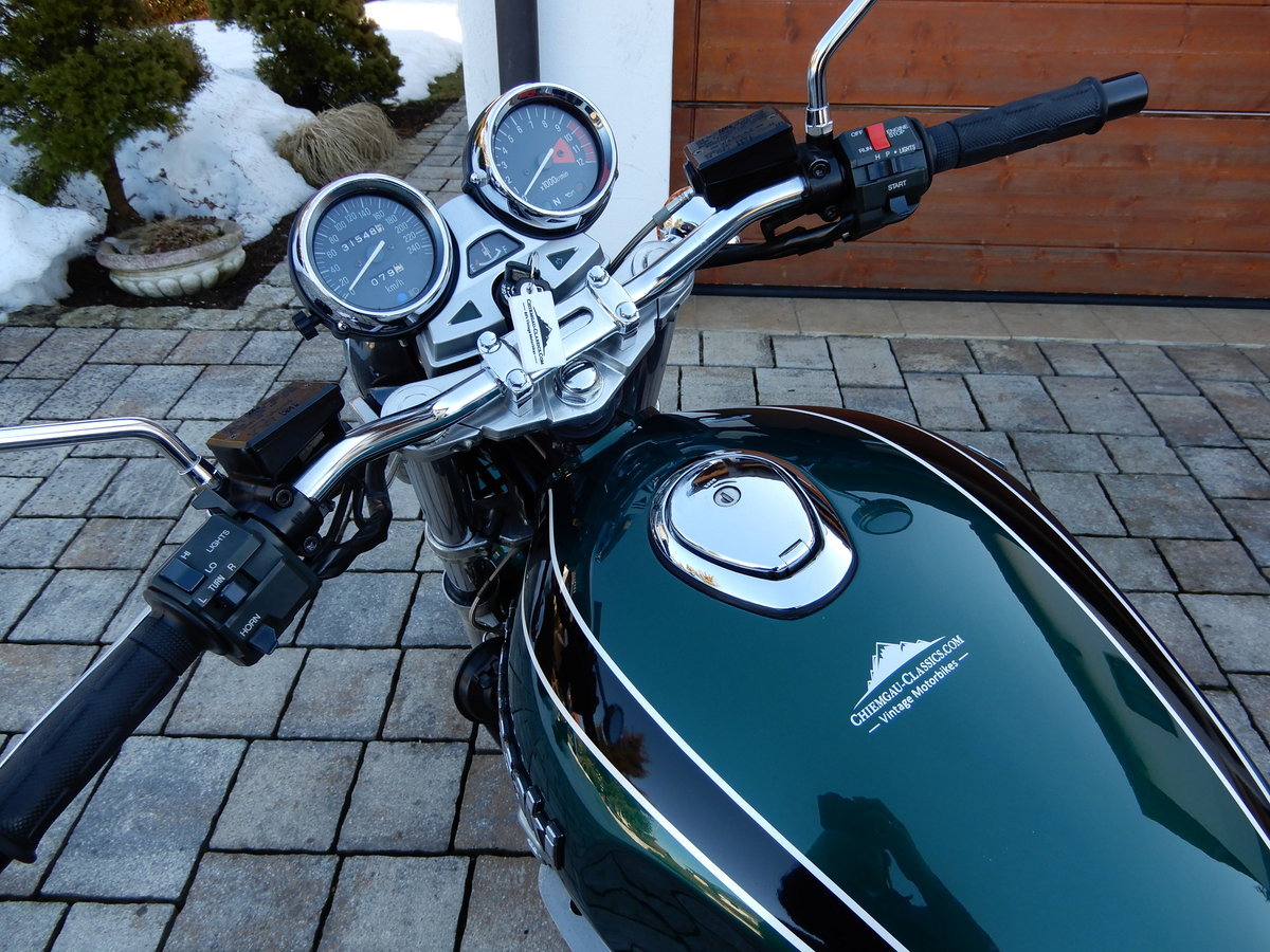 1994 Kawasaki Zephyr 1100 stunning colour and state LOOK SOLD (picture 6 of 6)