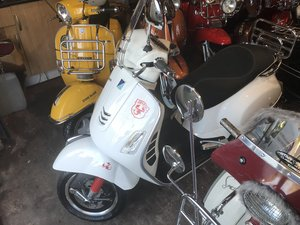 2017 VESPA GTS300  For Sale