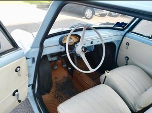 1964 Beautiful and in excellent condition For Sale