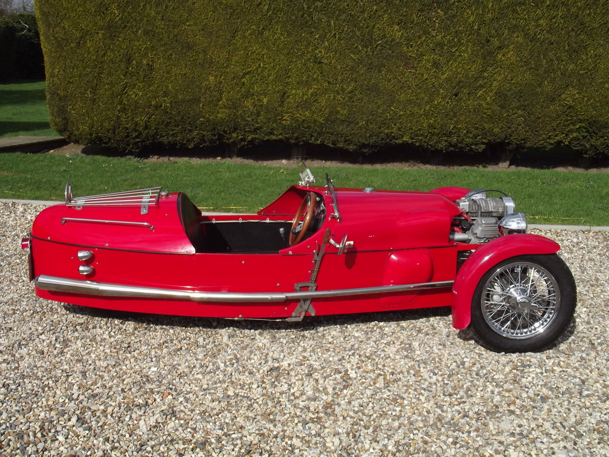 2000 JZR Moto Guzzi 3 wheeler. NOW SOLD - SIMILAR CARS WANTED Wanted (picture 1 of 6)
