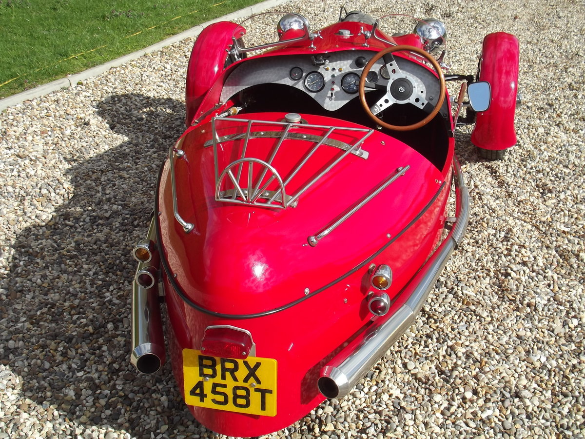 2000 JZR Moto Guzzi 3 wheeler. NOW SOLD - SIMILAR CARS WANTED Wanted (picture 4 of 6)
