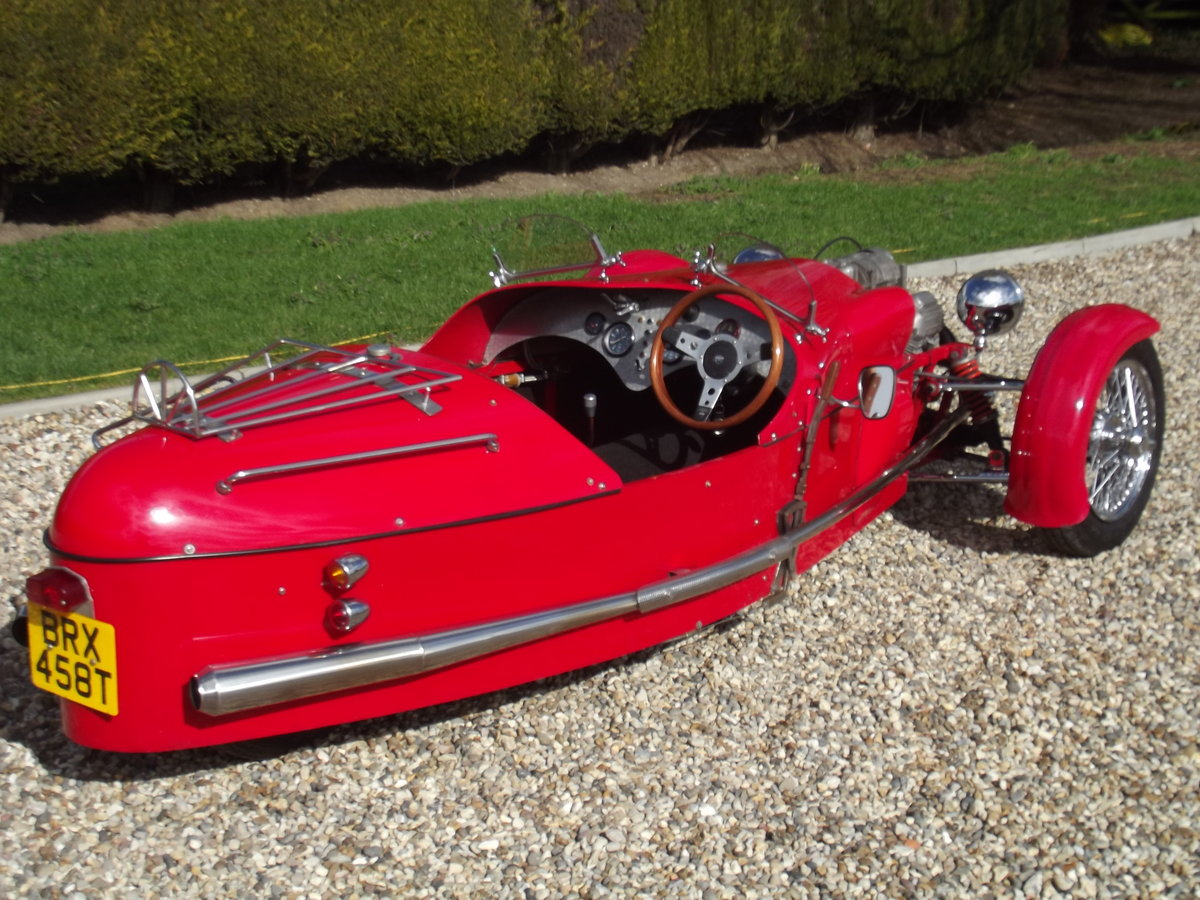 2000 JZR Moto Guzzi 3 wheeler. NOW SOLD - SIMILAR CARS WANTED Wanted (picture 6 of 6)