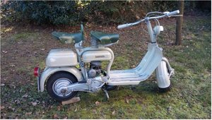 Picture of 1954 innocenti lambretta