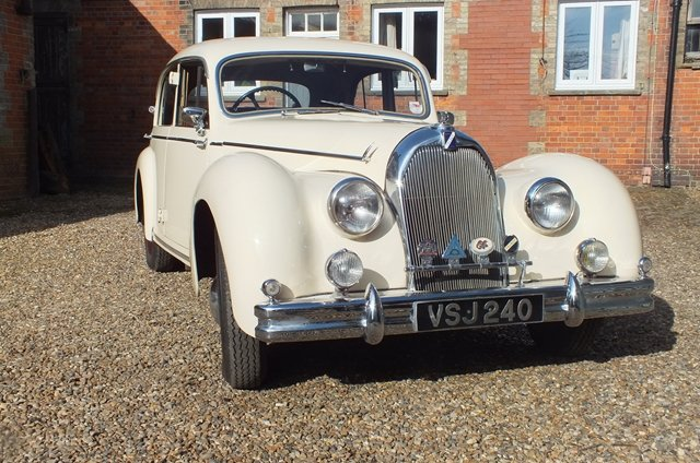 1950 An impressive touring saloon which is in very fine condition For Sale (picture 1 of 6)