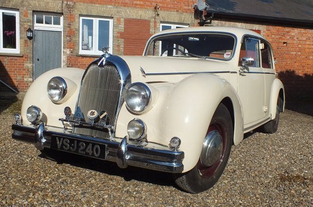 1950 An impressive touring saloon which is in very fine condition For Sale (picture 2 of 6)