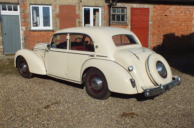 1950 An impressive touring saloon which is in very fine condition For Sale (picture 3 of 6)