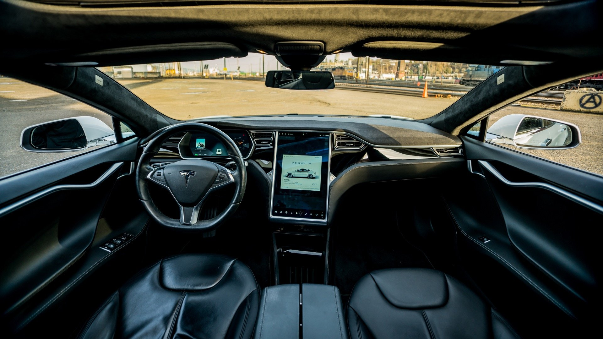 2015 Tesla Model S 60  = Electic Go Green + Loaded $44.9k For Sale (picture 3 of 6)