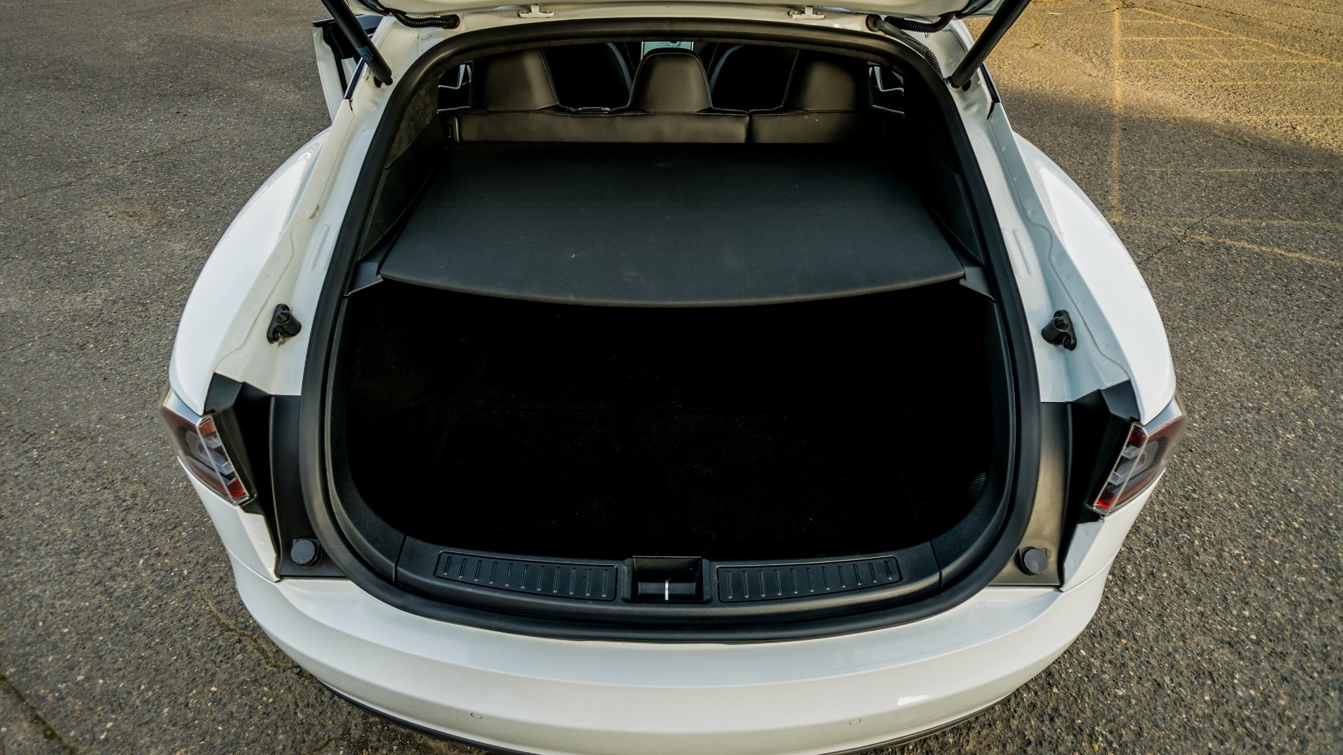 2015 Tesla Model S 60  = Electic Go Green + Loaded $44.9k For Sale (picture 6 of 6)