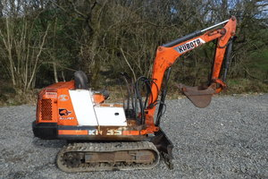 1991 KUBOTA MINI DIGGER 1.5 TON ALL WORKS SEE VIDEO CAN DROP SOLD