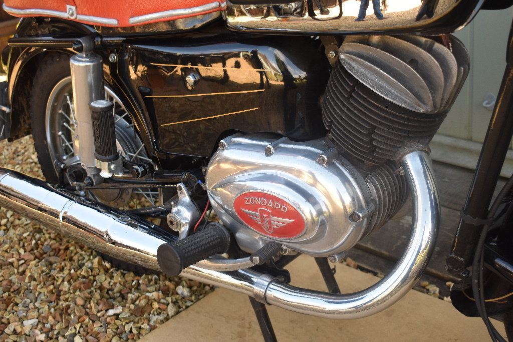A 1957 Zündapp 201S - 01/06/2019 For Sale by Auction (picture 2 of 6)