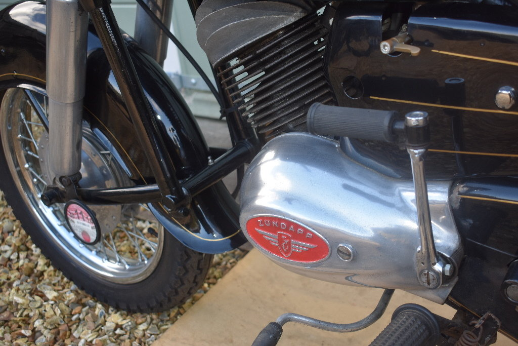 A 1957 Zündapp 201S - 01/06/2019 For Sale by Auction (picture 4 of 6)