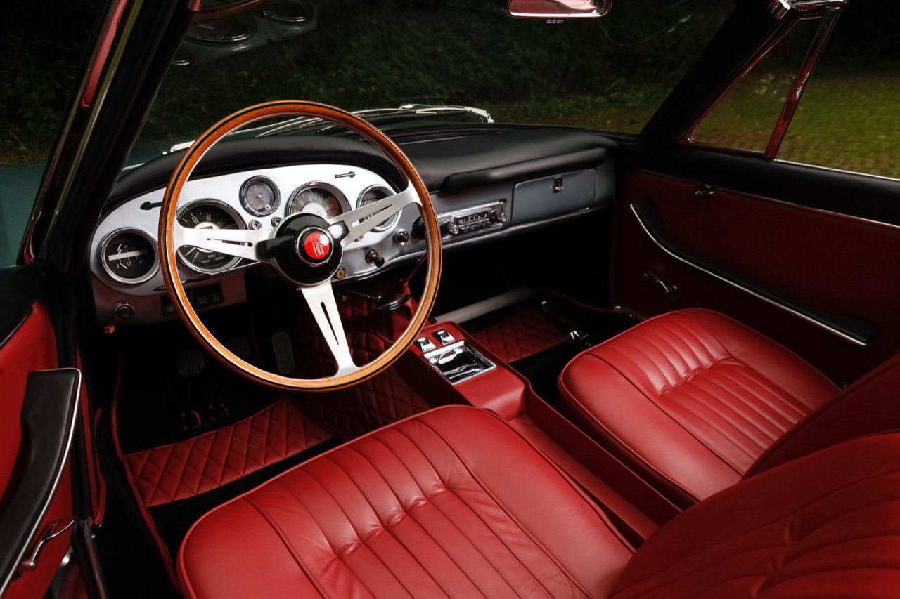 1962 Moretti 2300S Cabriolet For Sale (picture 2 of 6)