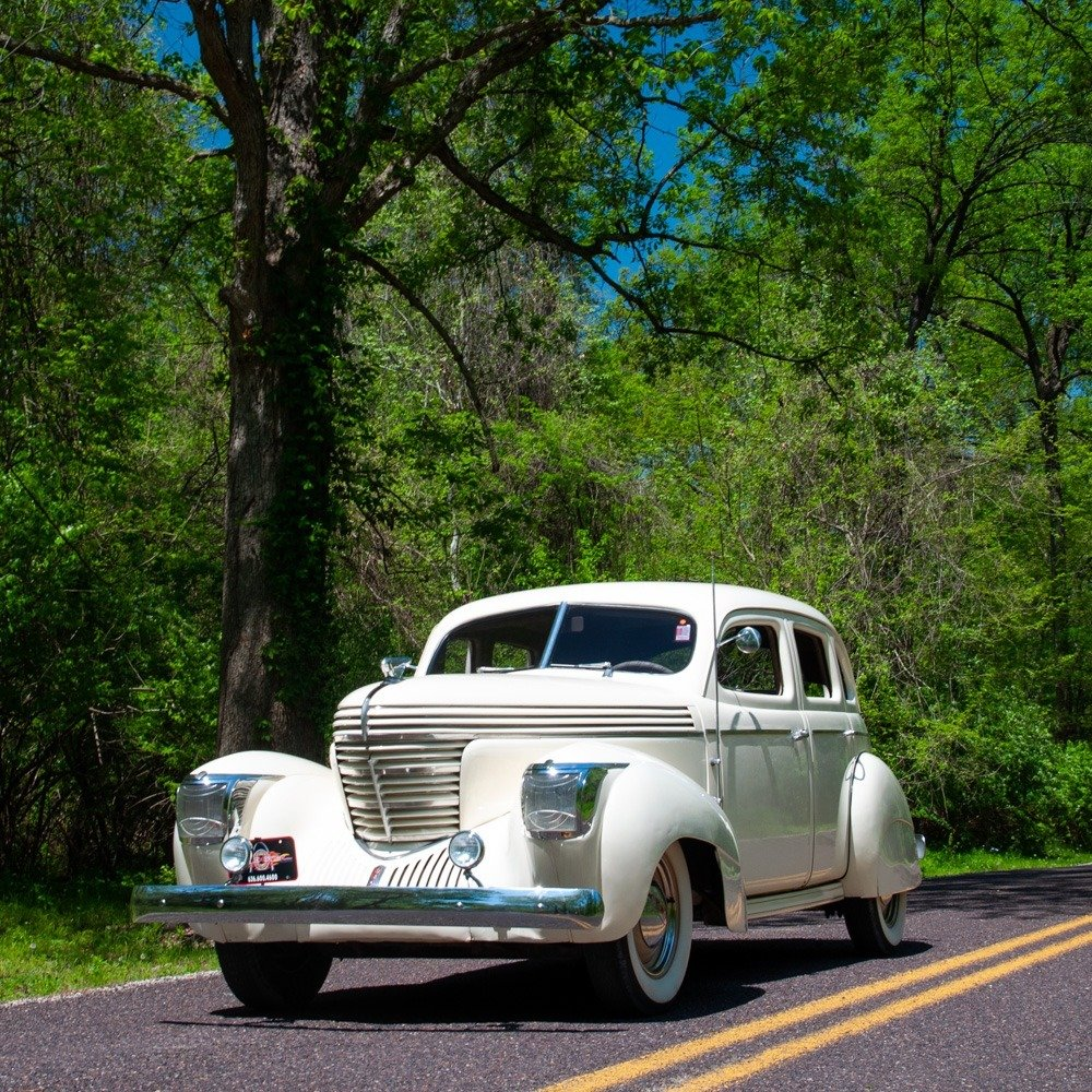 1939 Graham Series 97 Supercharged Sharknose Sedan $29.9k For Sale (picture 4 of 5)