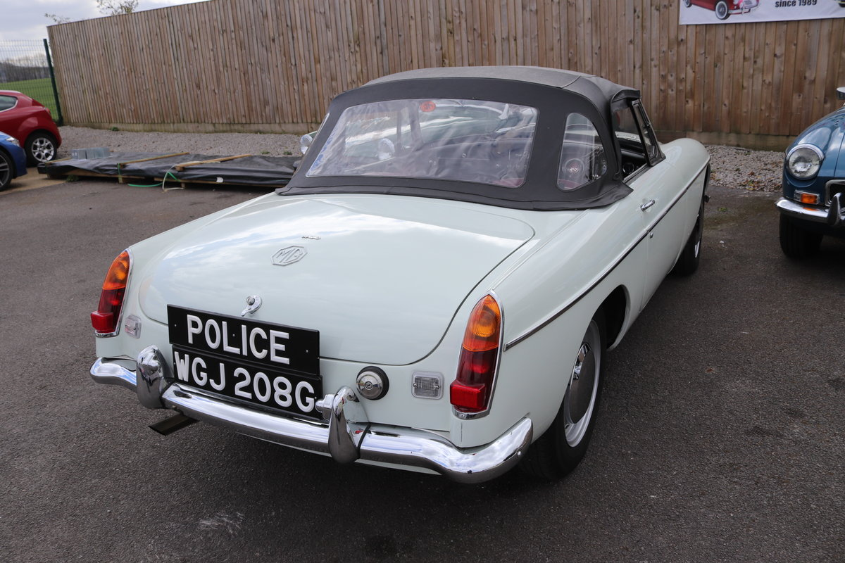1969 MGC Ex Police Car SOLD (picture 6 of 6)