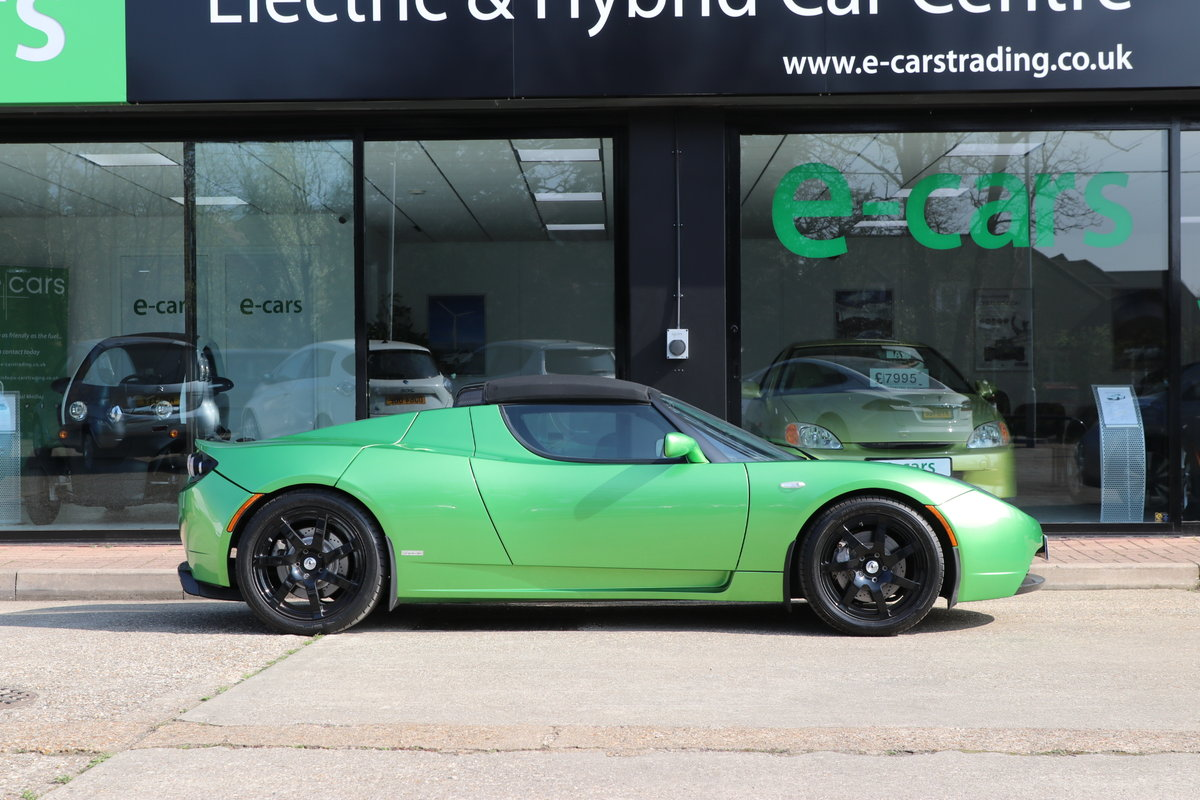 2010 Rare Tesla Roadster Sport Model, 1 of 250 Signature Edition For Sale (picture 2 of 6)