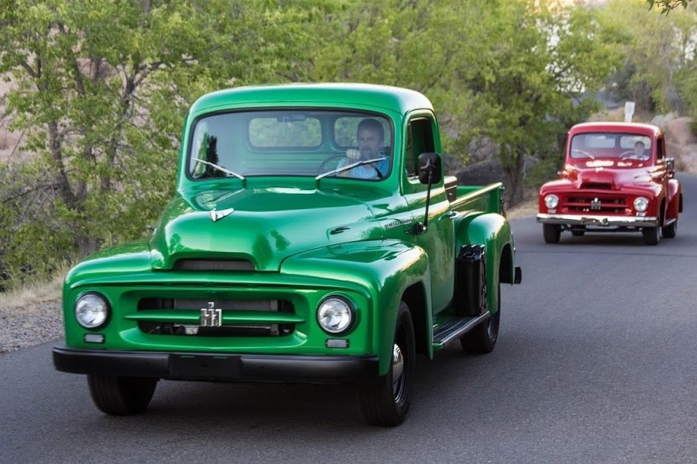 1953 International-Harvester R-112 ½-ton Pickup = Restored  For Sale (picture 2 of 6)