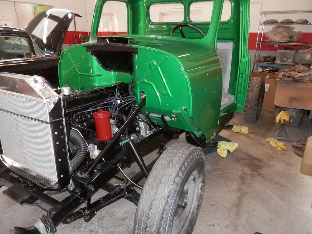1953 International-Harvester R-112 ½-ton Pickup = Restored  For Sale (picture 4 of 6)