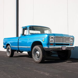 1974 International 200 3/4-ton 4×4 Pickup = All Blue  $21.5k For Sale