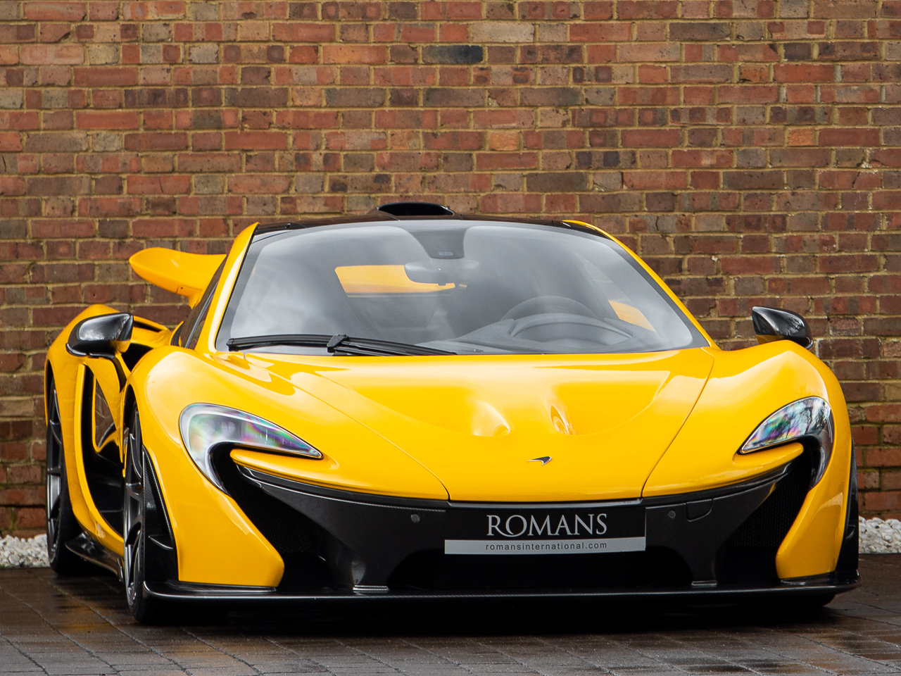 2013/63 McLaren P1 For Sale (picture 1 of 6)