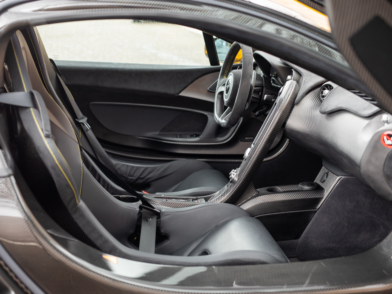 2013/63 McLaren P1 For Sale (picture 6 of 6)