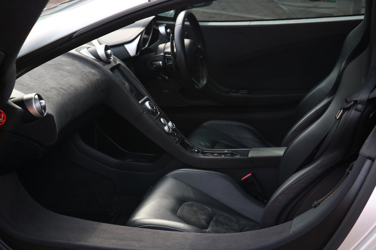 2011 McLaren 12 C - Special Order Supernova Silver Metallic Paint For Sale (picture 5 of 6)