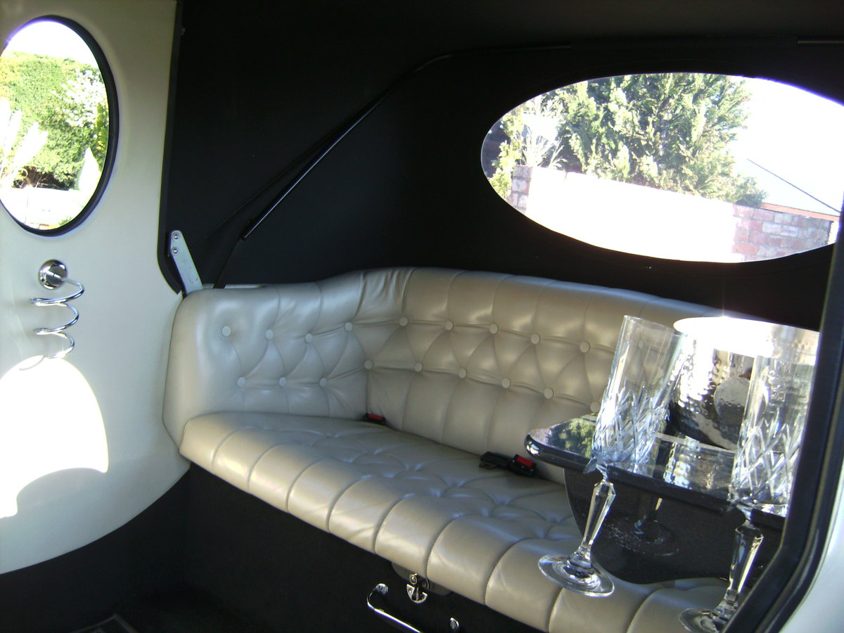 2010 IMPERIAL WEDDING CAR For Sale (picture 4 of 6)