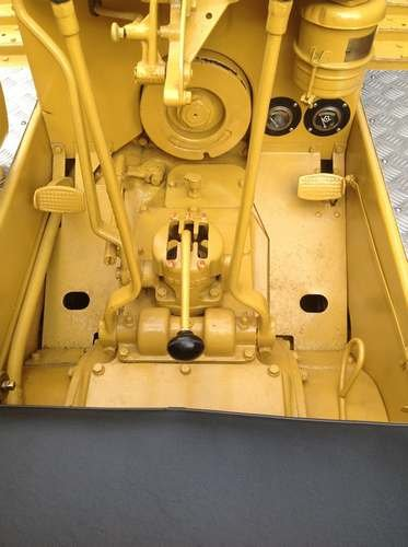 Caterpillar D2 Crawler Circa. 1941 at Morris Leslie 25th May SOLD by Auction (picture 5 of 6)
