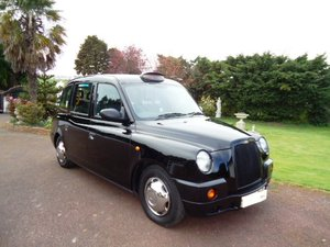 Picture of London Taxi TX4 2008 Bronze Model For Sale