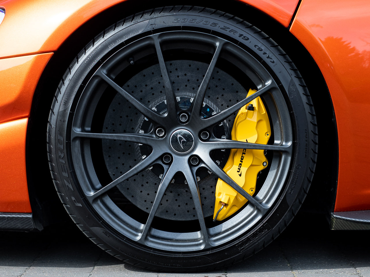2016 McLaren 675LT For Sale (picture 6 of 6)