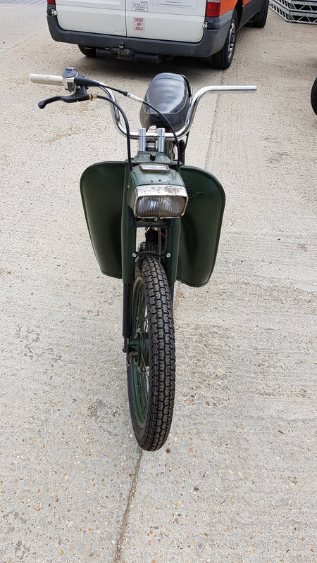 1975 Motobecane Mobylette 50cc, early 70's 2 stroke belt drive. For Sale (picture 3 of 6)