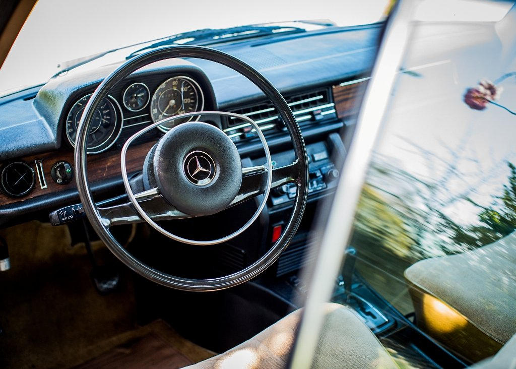 1972 Mercedes-Benz 250C For Sale (picture 5 of 6)