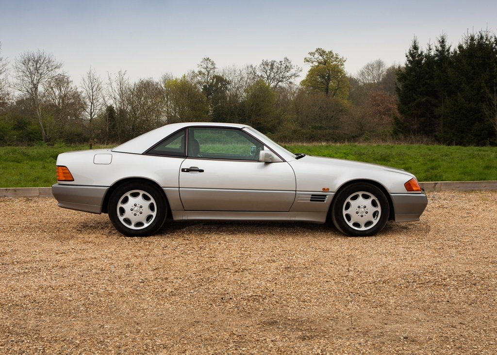 1993 Mercedes-Benz 500 SL Roadster For Sale by Auction (picture 2 of 6)