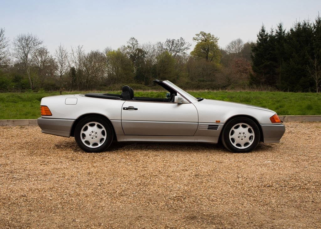 1993 Mercedes-Benz 500 SL Roadster For Sale by Auction (picture 3 of 6)
